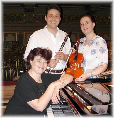 Mosaic Trio